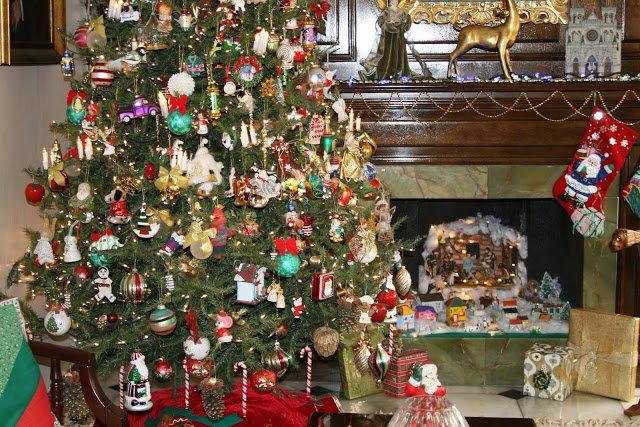 Albero Di Natale 8 Dicembre.Perche L Albero Di Natale E Il Presepe Si Fanno L 8 Dicembre
