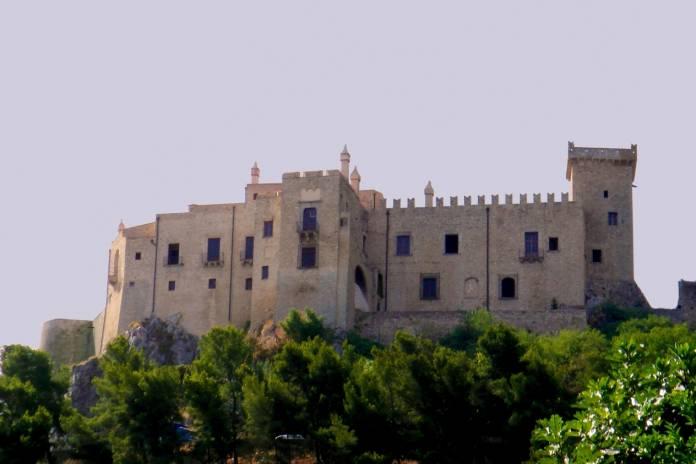 Sicilia Castello La Grua Talamanca