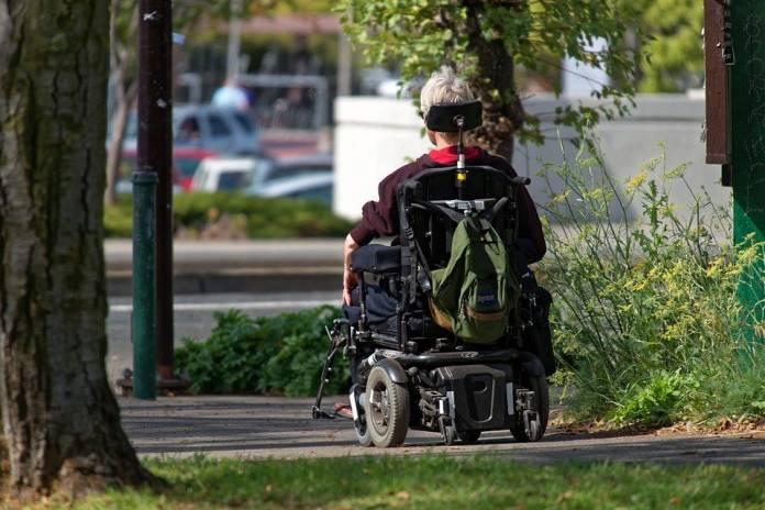 persona con disabilità