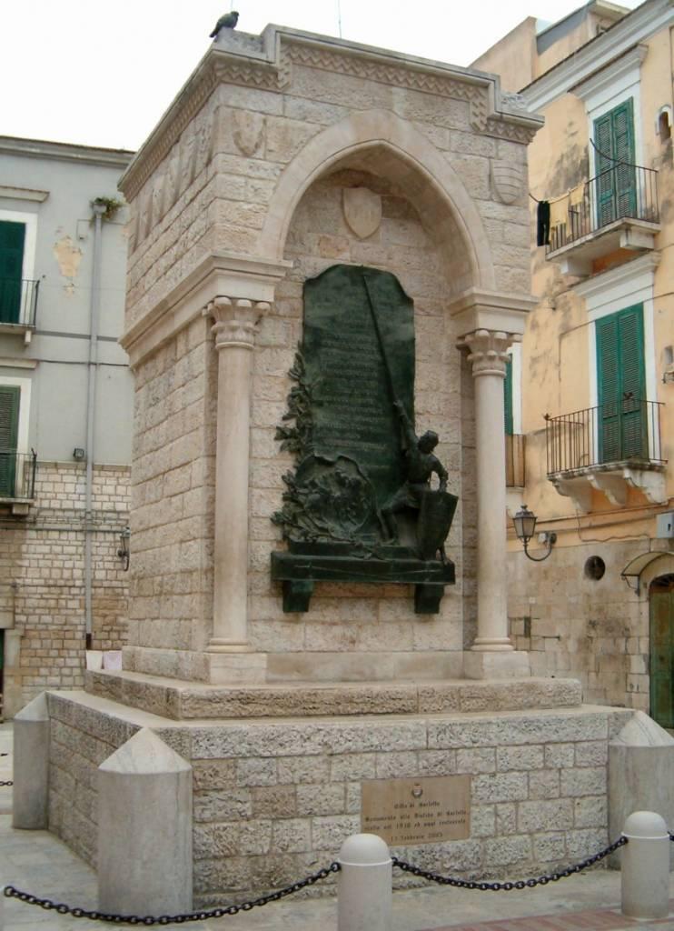 Disfida di Barletta-Monumento