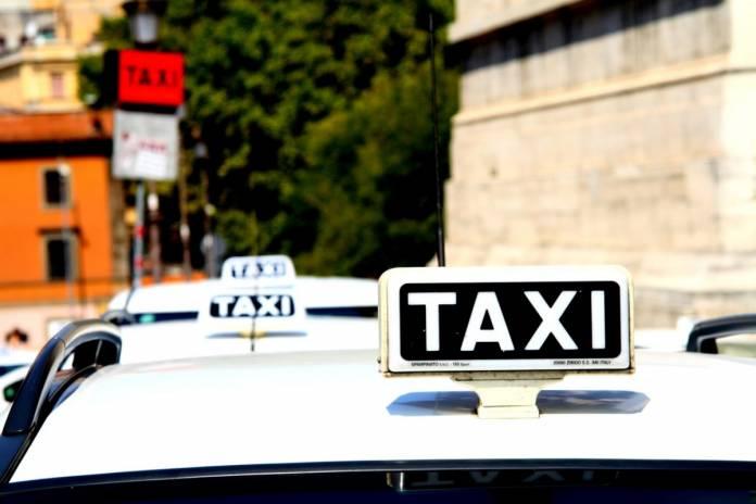 taxi Napoli