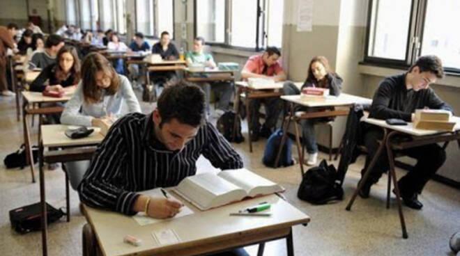 Gli studenti più bravi d'Italia sono a Pompei: record di 100 alla maturità